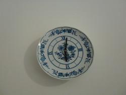 Hagymamintás porcelán tányér falióta