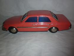 Régi mercedes lendkerekes játék lemez autó 80 as évek