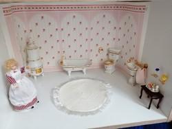 Babaház porcelán fürdőszoba