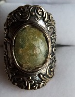 Izraeli ezüst gyűrű római üveggel