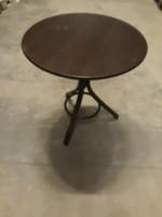 Thonet kávéházi asztal
