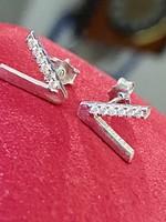 Káprázatos ezüst fülbevaló pár