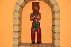 Faragott fa indián szobor