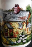"""Angol bögrék """"cottage"""" jellegű házzal"""