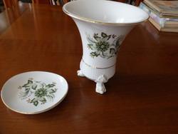 Hollóházai porcelán  talpas kaspó és kis tálka