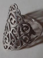 Jelzett ezüst, gyűrű áttört  dús indamintával!