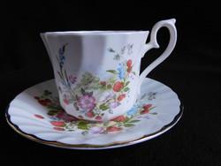 Royal Kendal teás/hosszú kávés szett szamócás/virágos mintával