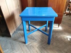 Régi hosszabbítható vintage fenyő asztal étkezőasztal