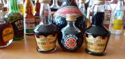 Különleges mini italok- 45 db-os MINIÜVEG gyűjtemény