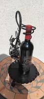 Kovàcsolt vas,boros üveg tartó, bemutató,szőlő minta,levelek.Elegàns, luxus bórtartó,ajàndék