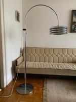 Borsfay Tamás iparművész által tervezett állólámpa