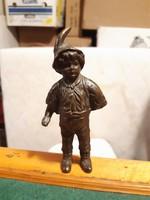 Csodás antik bronz szobor: iskolás fiú