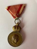 Ferenc József Katonai Érdemérem 1890 Signum Laudis hadi szalagon