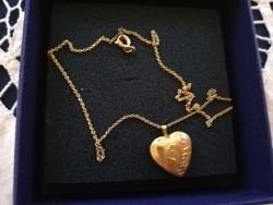 Eladó aranyozott lánc nyitható szív medállal!