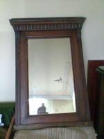 Hatalmas faragott tükör