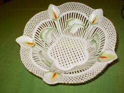 Fehér leveles  porcelán áttört virágos kínáló tál gyönyörű. 22x8cm.
