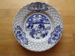 """""""Hagymamintás"""" téli tájképes 2002 cseh porcelán tányér kistányér 19 cm"""