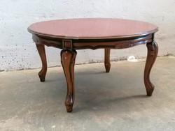 Barokk kecses lábú dohányzó asztal.
