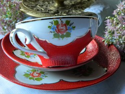 Meseszép Carl Alberti kézzel festett reggeliző szett, csésze és kistányérok, piros