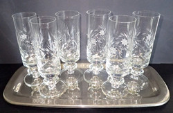 Régi retró 6 db gyönyörűen csiszolt talpas kristály pohár kristálypohár + alpakka tálca