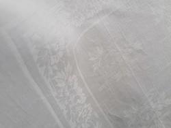 6 db damaszt szalvéta törlő konyharuha virág girlandokkal 60 x 53 cm