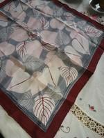 Bordó selyem kendő 100 % selyem szürke levél mintákkal új