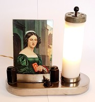 Régi asztali lámpa fényképtartóval