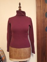 Karcsúsított  lila pulóver