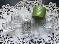 Szép formájú vegyes kis dísz üvegek 4 db együtt