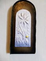 Retro,vintage iparművész kerámia virágos falikép bőr keretben