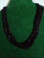 Csodás fekete gyöngy fűzött nyaklánc (13 sor)