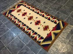 TORONTÁLI kézi szövésű gyapjú szőnyeg, 91 x 215 cm