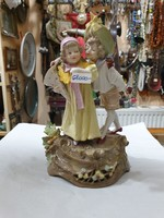 Régi osztrák porcelán figura
