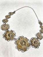 Csinos női, virágos ezüst nyakék