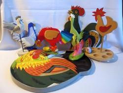 10 db fából fémből készült festett kakasos dísztárgy: tojástartó fogas tálca szélkakas gyerek játék