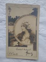 Antik/szecessziós hosszúcímzéses képeslap/fotó, hölgy virágos fejdísszel, szecessziós keret, lótusz