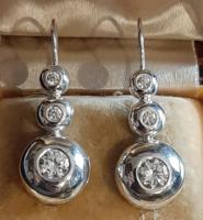 Ezüst nagy tripla button fülbevaló patentzárral