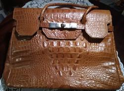Új krokodilbőr táska .Cuero Vaca márka.