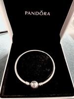 Pandora Moments limitált eredeti merev ezüst karkötő