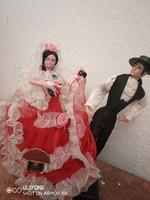 Meseszép spanyol táncos népviseleti babapár talapzaton az 1960-70-es évekből