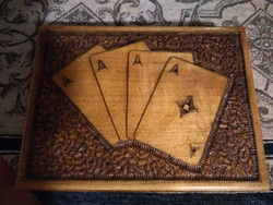 Fa kártyatartó kártyával