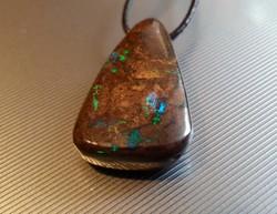 Ausztrál boulder opál medál