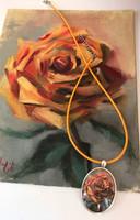 Egy szál rózsa - olajfestmény + a festményt ábrázoló nyaklánc