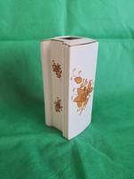 Egyedi gyártású, Bramac tégla formájú Herendi Apponyi mintás váza