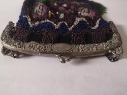 Antik 19.századi gyöngyfűzött 800 ezüst vázas táska
