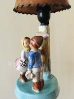 -Csókolózók-figurális asztali lámpa Bp.-felirattal