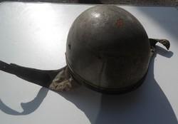 Retro antik régi magyar katonai motoros rendész sisak bukósisak