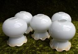 Fodros szélű tejüveg lámpabúra 5 darab csillár , lámpa , falikar búra alkatrész 17 x 16 cm/ db.
