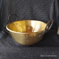 Nagyméretű réz habüst vas füllel 29 cm