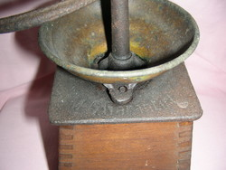 Antik Bieder kávédaráló